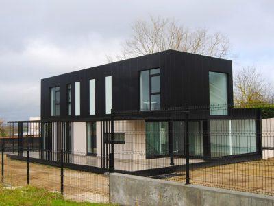 Edificacion de vivienda unifamiliar en Louzaneta